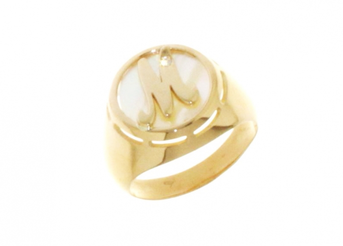 Anello Sigillo Dalù personalizzabile con iniziale del nome in oro giallo 18kt e diamante