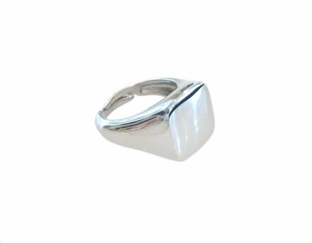 Anello Sigillo Quadrato Unisex da mignolo in argento lucido 925% rodiato personalizzabile con iniziale del nome