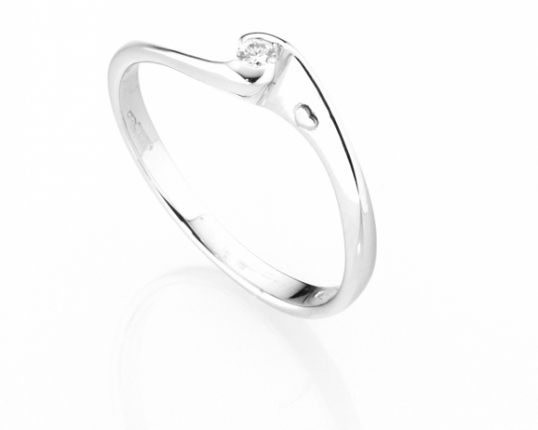 Anello Solitario Diamonds Luxury con Diamante da 0.04ct in oro bianco 18kt