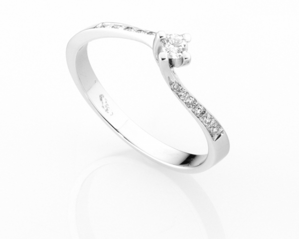 Anello Solitario Diamonds Luxury con Diamante da 0.09ct in oro bianco 18kt