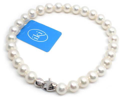 18K White Gold 5.50mm White Asia Pearls Bracelet