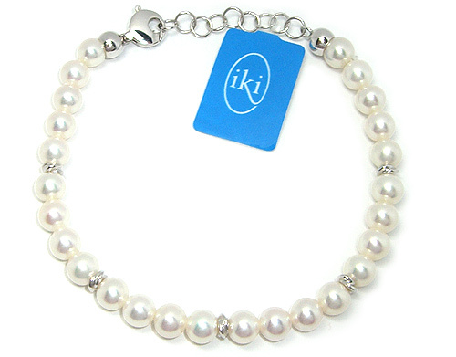 best service 74009 0931e Bracciale IKI in oro bianco 18kt con Perle Coltivate Asia 6.50 mm