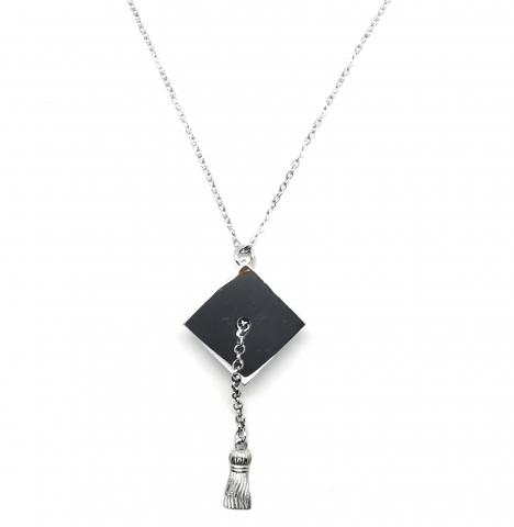 925k Silver Necklace with Graduation Cap