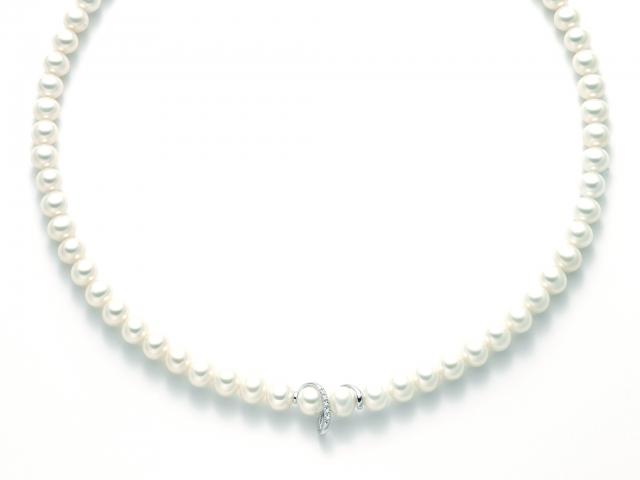 Collana Miluna con Perle Naturali e Diamanti 0.025ct in oro bianco 18kt PCL5136