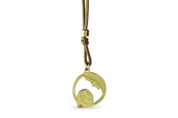 Cordino con ciondolo My Charm Madonna con neonato collezione Mini Charm in oro giallo o bianco 18kt