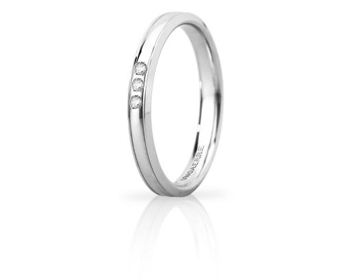 Fede Nuziale Unoaerre modello Orion Slim in oro bianco 18kt con 3 diamanti