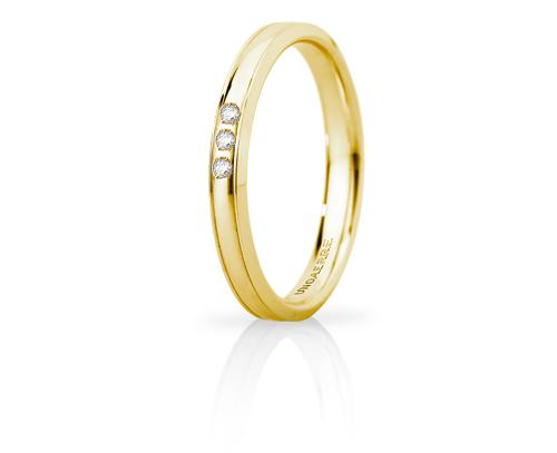 Fede Nuziale Unoaerre modello Orion Slim in oro giallo 18kt con 3 diamanti