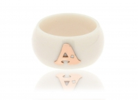 GioielleriaMaglione.it - Dalù ring in ivory ceramic and customizable letter in white, yellow or rose gold with diamond