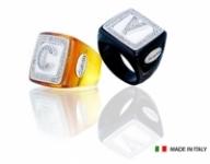 GioielleriaMaglione.it - Anello quadrato piccolo collezione Coloured Name in resina colorata personalizzabile con iniziale del nome in zirconi